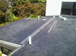 new strip of EPDM is set on lower edge and glued in