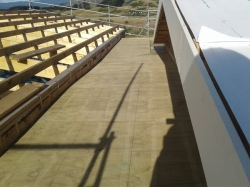 east corridor roof, slopes 2 ways