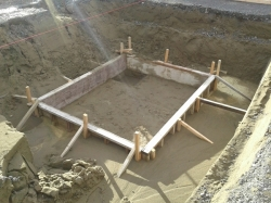 formwork/boxing for Lift Pit Floor, sand base