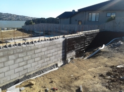 bitumen primer to concrete block walls and footing